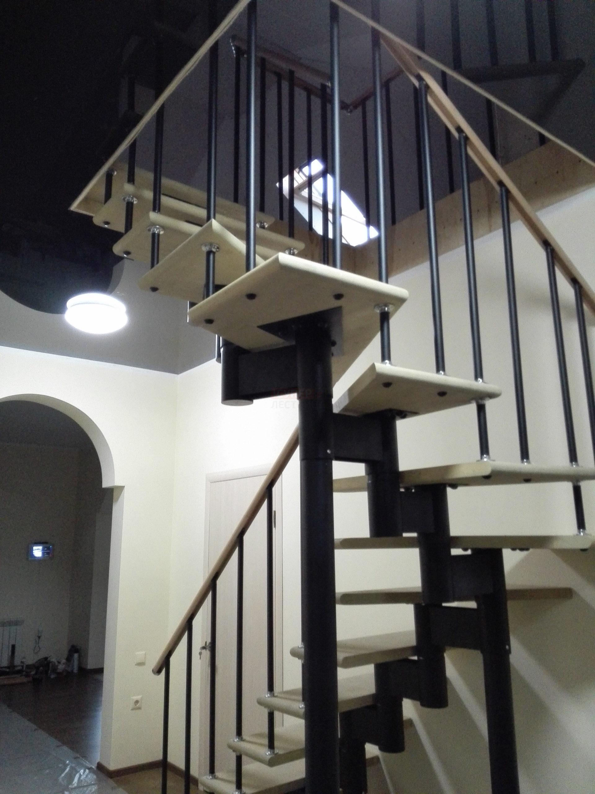 Модульная лестница «Престиж» разворотная (180 градусов)