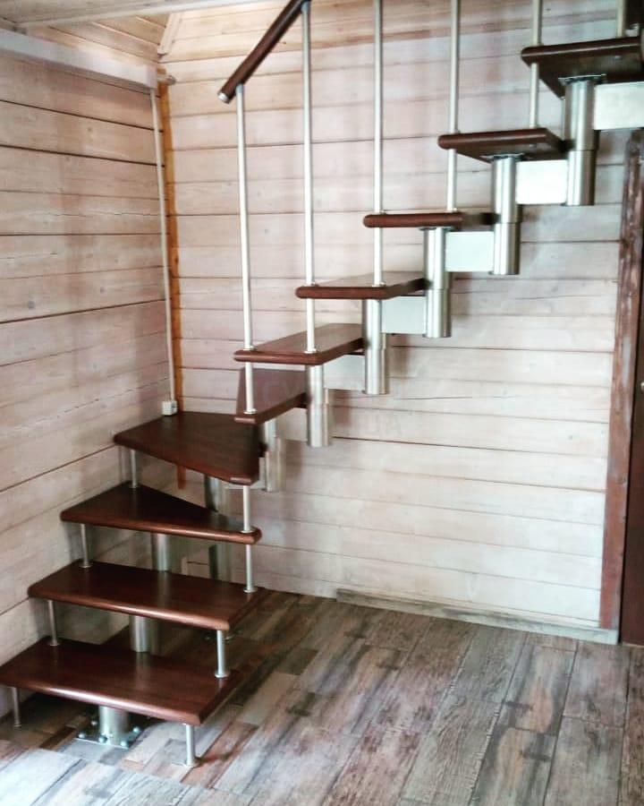 Модульная лестница «Престиж» поворотная (90 градусов)2